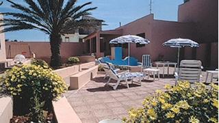 case vacanza a lampedusa: appartamenti, residence, ville, dammusi e